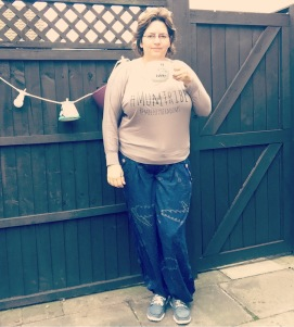 Rough night with blue twin up in night. So today's #dresslikeabrummum #ootd includes a much needed accessory. A cuppa. And apparently big hair. @brummymummyof2 also wearing my #mumtribe t. From @meetothermums #cuppa #morning #tiredmumuniform